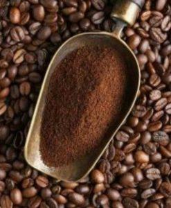 cafe molido para eliminar moscas de las plantas